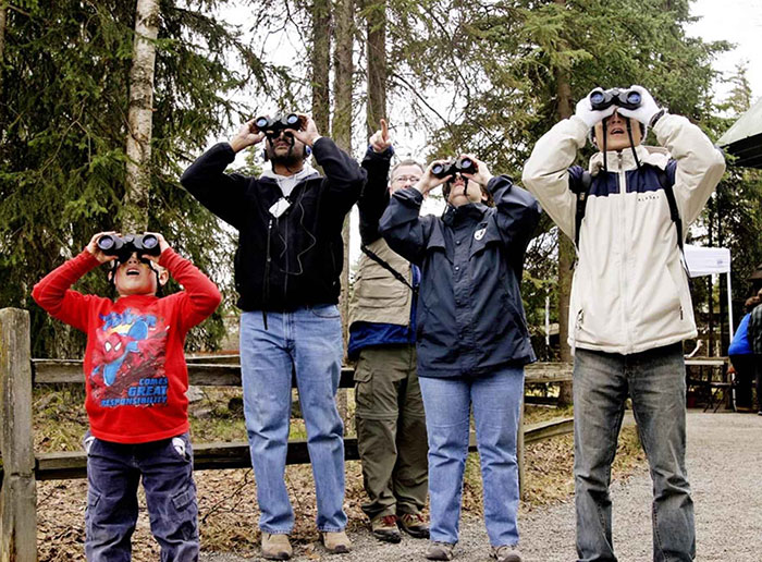 Community of birdwatchers
