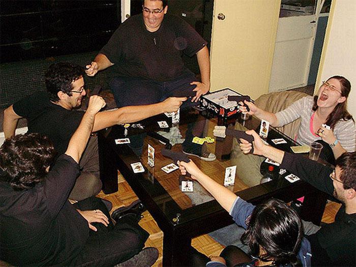 People playing Ca$h 'n Gun$