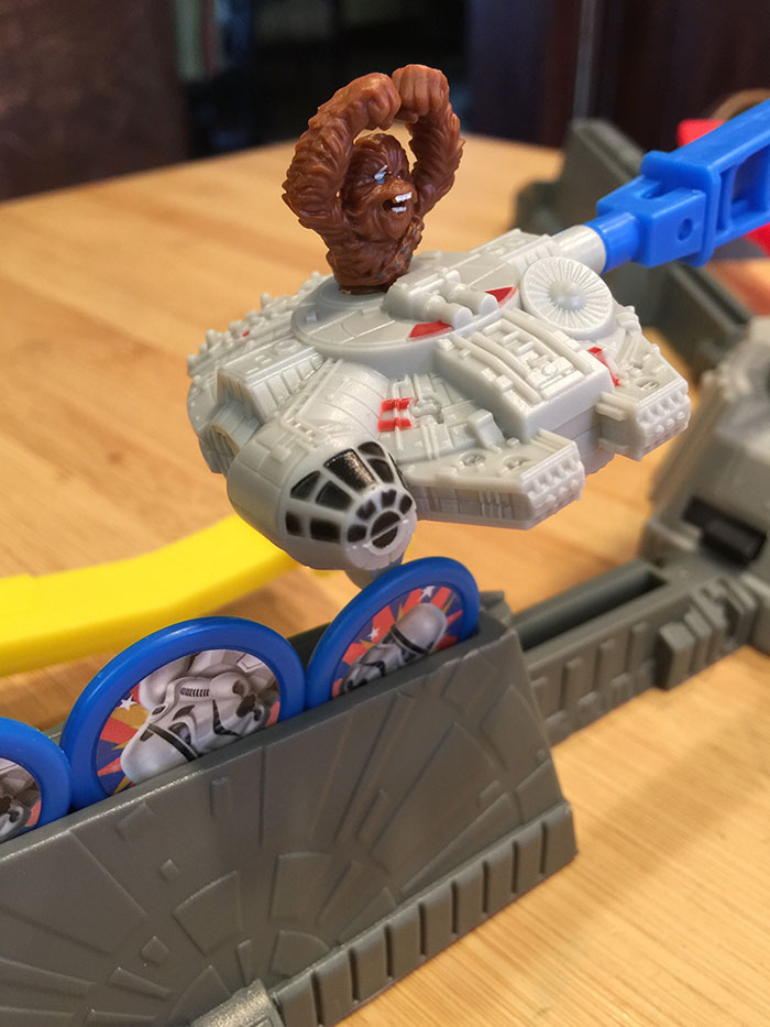 Loopin' Chewie attacking stormtroopers