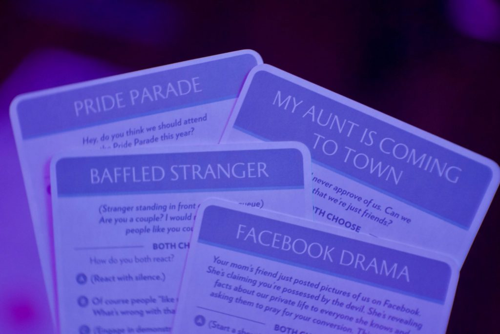 Fog of Love: pride cards