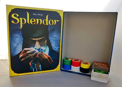 The vast emptiness of the Splendor box